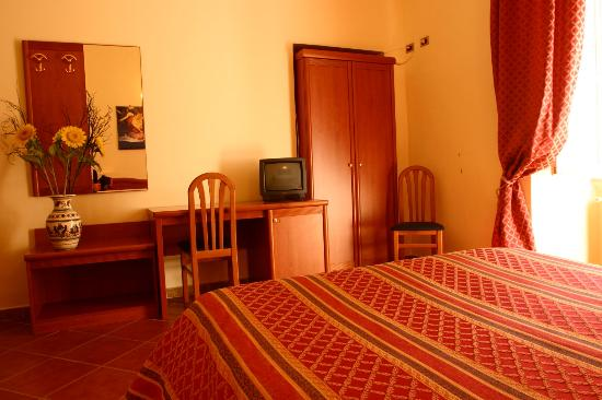 Discover Roma: Double Room
