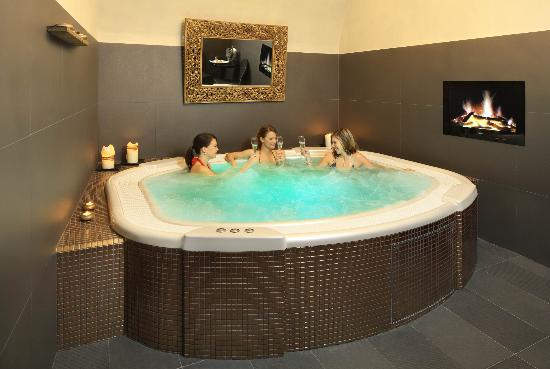 Chateau St. Havel - wellness hotel: wellness - whirlpool