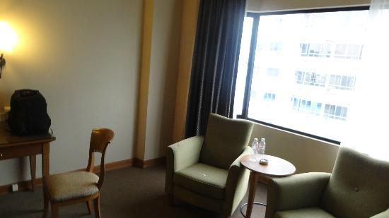 Pearl International Hotel: Room