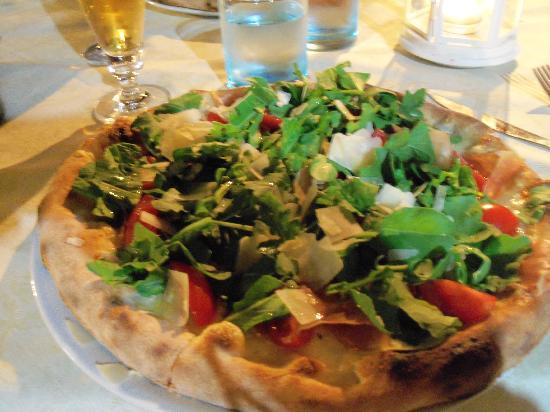Albergo Ristorante Da Beppone: Pizza con bresaola,rucola,grana, pomodorini