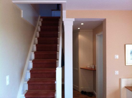 Treppe zum schlafzimmer und flur.   bild von landhaus stricker ...