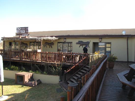 MoAfrika Lodge: The Lodge is located in a quiet neighborhood.
