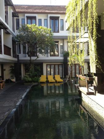Casa Padma Hotel & Suites: Pool