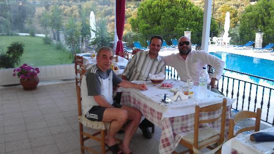 Kolios, Greece: Με τον ιδιοκτήτη κ. Χρήστο