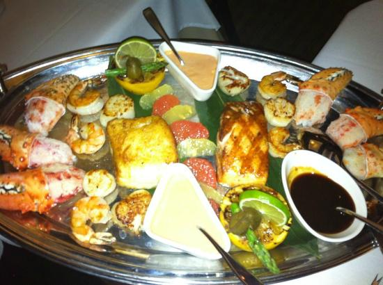 Chicago Grill & Bar : Scallops Lobster Kamkatka Crab Scallops Salmon Shrimp