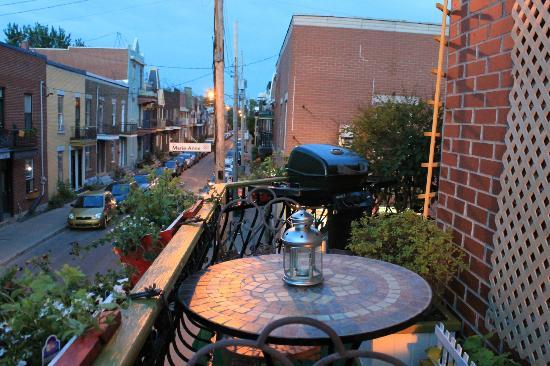 Lentracte Home: vue du balcon