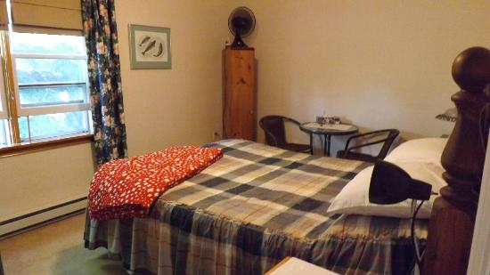 Lucas House Bed & Breakfast: another room