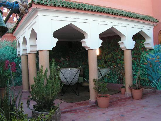 Dar Malaika : La terrasse pour le petit déjeuner et la détente