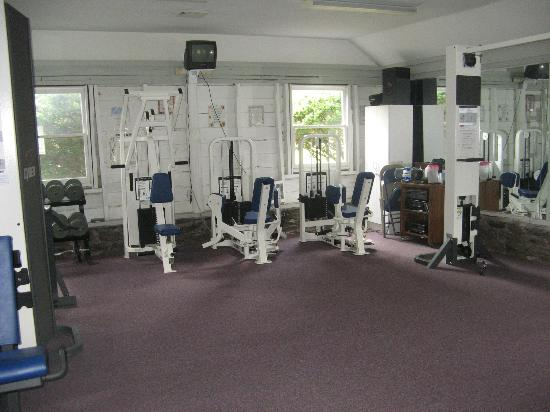 Deerfield Spa: Weight Room