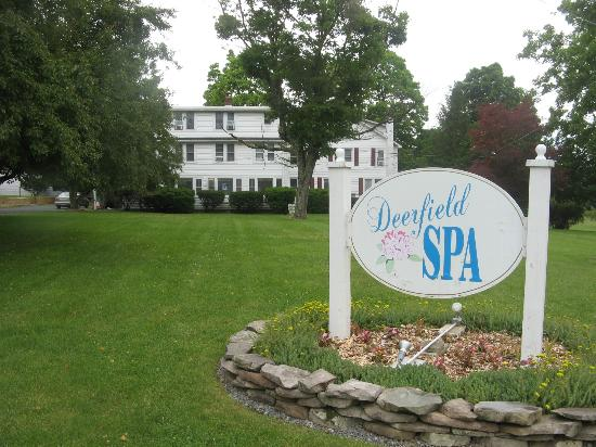 Deerfield Spa: Main House