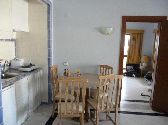 Varandas de Albufeira : Inside a self catering apartment