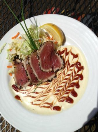 Budd Bay Cafe : Seared Tuna with Fabulous Sauce