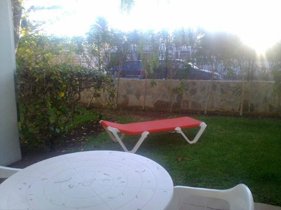 Biarritz Apartments : giardinetto della casetta
