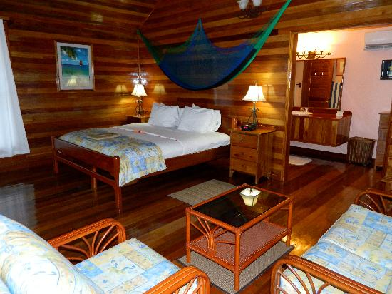 Turneffe Island Resort: Inside of cabana