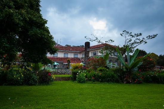 Kericho, เคนยา: Tea Hotel from the garden