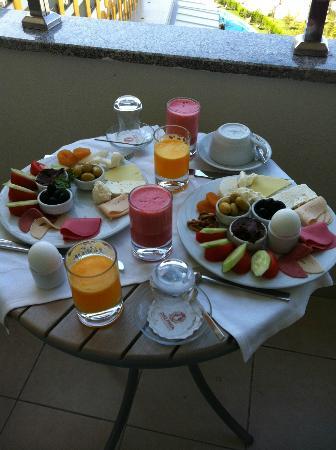 Delphin Imperial Hotel Lara: in room breakfast
