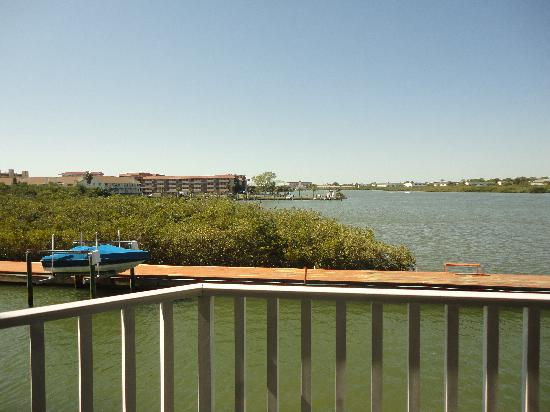 Legacy Vacation Resorts-Indian Shores: View from walkway outside our room