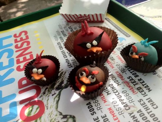 Photo of Fast Food Restaurant Candies at Mac Ronells, Next To Learners Academy School, Pali Hill, Bandra West, Mumbai (Bombay) 400050, India