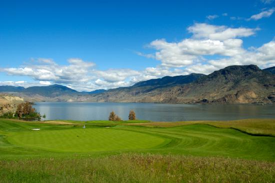 Tobiano Golf Course: The lake and course at Tobiano