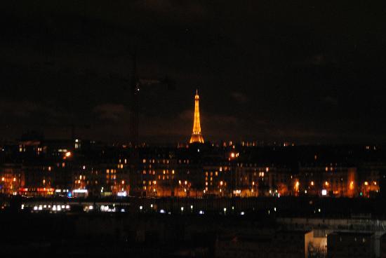 Ibis Paris 17 Clichy-Batignolles: Magnifique vue de la chambre.