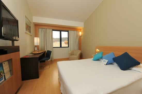 Novotel Cusco: Contemporary Guest Room