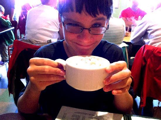 Rocky Bay Cafe: Hot chocolate