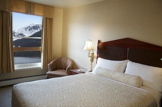 Westmark Baranof Hotel: Queen Room