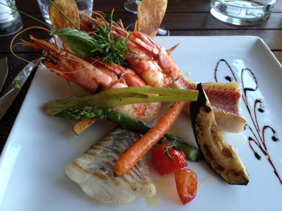 Restaurant Neptune Plage : trio de poissons frais