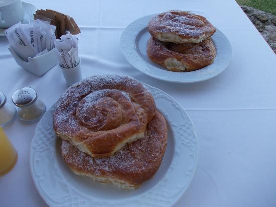 Cala Santandria, Espagne : Ensaimadas del Desayuno