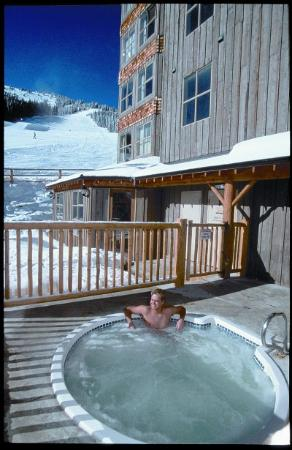 Apex Mountain Inn: Hot Tub