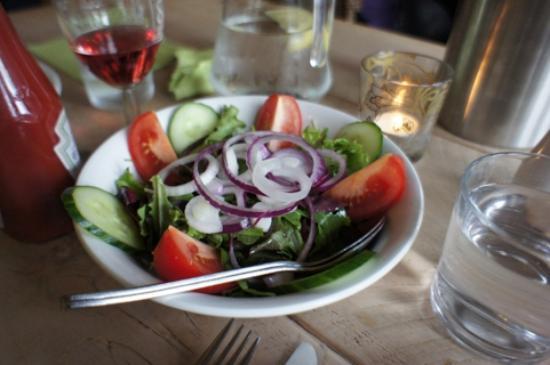 Pedro's Restaurant, Bar & Hotel: salad- fresh!