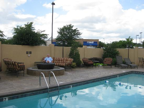 The Burgundy Hotel: Firepit, pool and comfortable lounge chairs and couches.