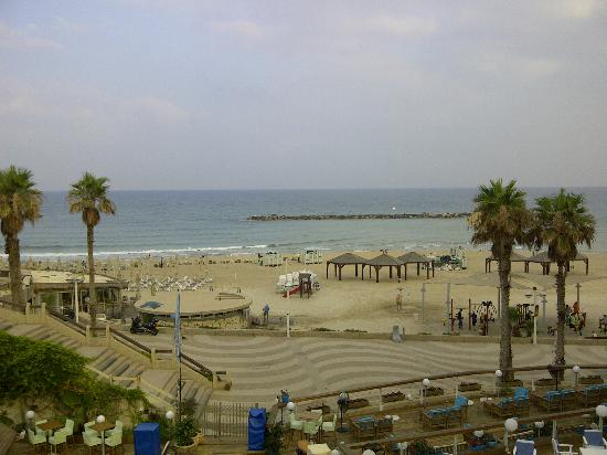 Herods Tel Aviv: View from the beach nearby