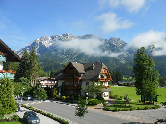Hotel Annelies: zicht op Dachstein
