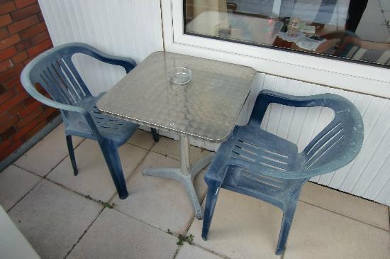 Kroegers Hotel : möchten Sie hier sitzen?