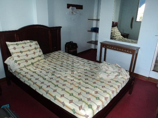 Hostal Elizabeth: Habitacion del Hotel