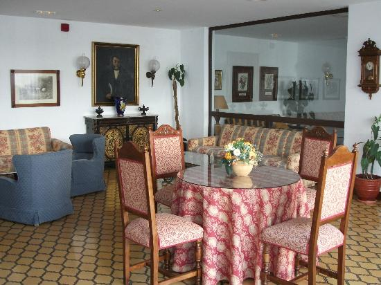 TRH Mijas: Another cosy sitting area