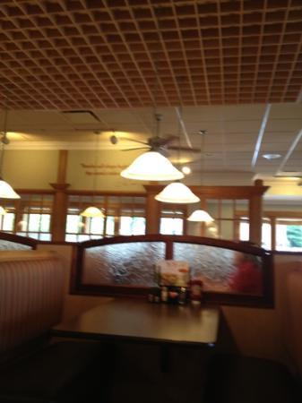 Bob Evans: new renovated dining room