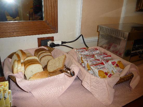 Strozzi Palace Hotel: très mauvais pain en sachet et sans goût