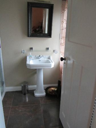 Lisnacurran Country House B&B : Bathroom in Room 1