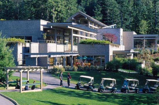 Sea to Sky Grill at Furry Creek : The Furry Creek Clubhouse