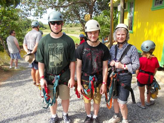 ‪‪Clip N  Zip Canopy Tours‬: a brave grandmother and her grandsons‬