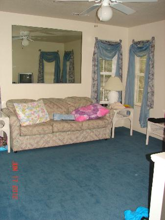 Barrier Island Station at Kitty Hawk: Couch in bedroom with murphy bed