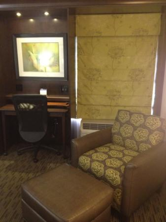 Hampton Inn Ridgefield Park: king room