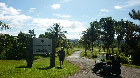 The Pearl Championship Golf Course : Pearl South Pacific Golf Course