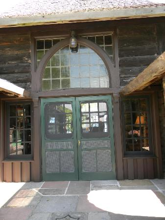 Stout's Island Lodge: South entry to main lodge