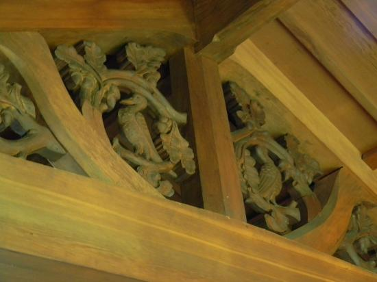 Stout's Island Lodge: Close up of rafters