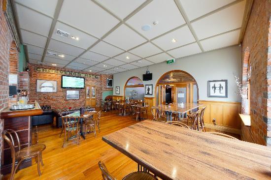 TGB Bar & Restaurant : TGB