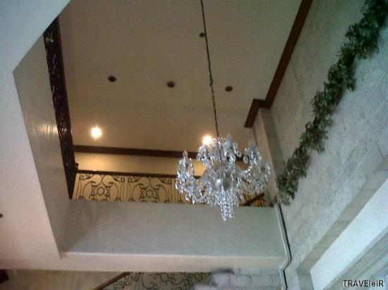 Fernandina 88 Suites Hotel: Chandeliers