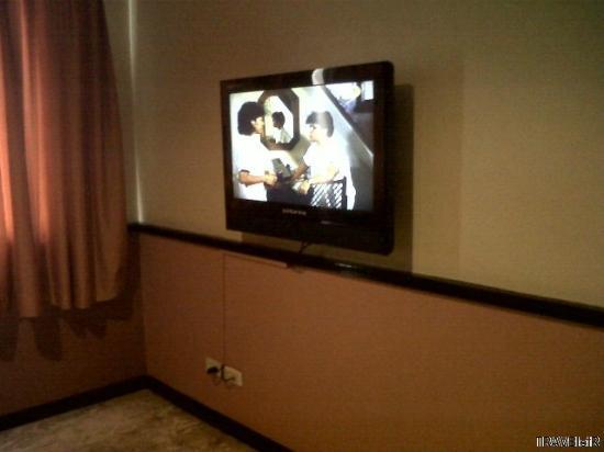 Fernandina 88 Suites Hotel: 1 of 2 LCD TVs